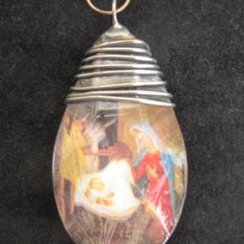 Crystal Manger Scene Pendant or Ornament